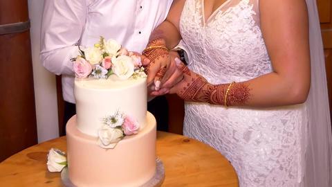 Shot of Wedding cake and decoration 영상물