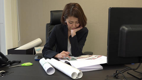 Busy Business Woman Typing On Mobile Phone In Office Live Action
