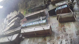Hanging coffins of Sagada. Philippines, Luzon ビデオ