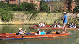 Punting on the River Cam Cambridge UK 영상물