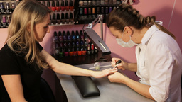 Women's manicure, Nail Polish ビデオ