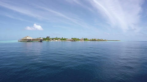 Boat Ride To The Island Of Maldives. Beautiful Resort in Indian Ocean Archivo
