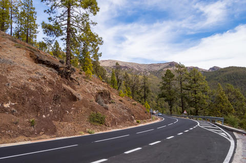 Tarmac road in the Teide Park フォト