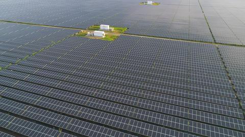 Aerial - Mega solar power plant ビデオ