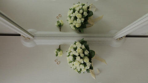 Wedding flowers on the grass Wedding flowers bouquet 영상물
