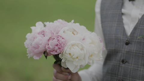 Wedding bouquet of beautiful flowers. Wedding flowers Footage