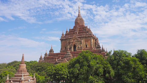 Htilominlo Pagoda in Bagan, Myanmar, pan view Footage