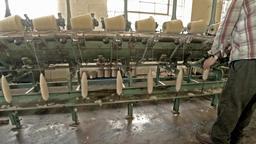 Historic woolen mill production in Wales - United Kingdom ภาพวิดีโอ