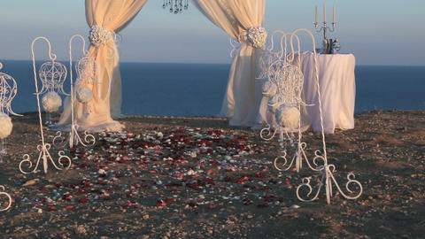 Wedding paraphernalia at the seaside 5 Archivo