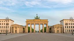 Berlin city skyline timelapse at Brandenburg Gate (Brandenburger Tor), Berlin, Footage