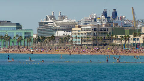 Beaches of Barcelona city.Time lapse.Tilt-shift effect ビデオ
