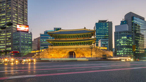 Timelapse video of Namdaemun Gate with seoul traffic street at night in Seoul, Footage
