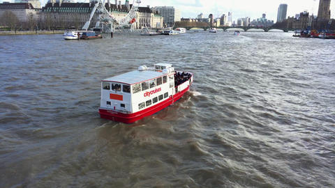 River Thames cruiser Footage