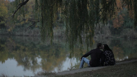 a date on the bank of a pond under a willow, Live Action