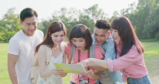 people go travel happily Live影片