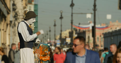 live sculpture on the street of St. Petersburg Footage