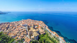 Panoramic aerial view of Cefalu old town, Sicily, Italy ビデオ