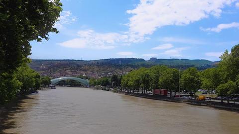 Tbilisi, Georgia The Bridge of Peace day view ビデオ