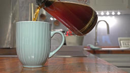 Cinemagraph of making coffe the conventional way ビデオ