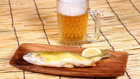 あゆ焼きとビール Live Action