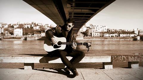 Guitarist under the bridge Footage