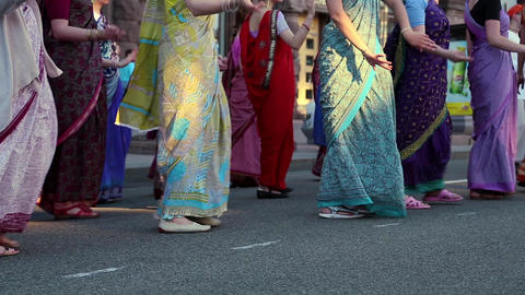 Women dancing in Hindu traditional colorful costumes Footage