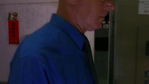 Businessman in office ビデオ