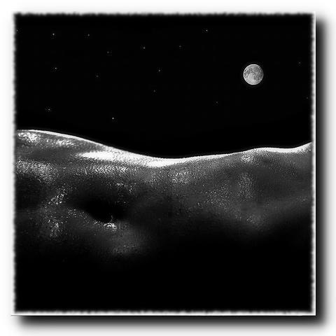 Moon fantasies Photo