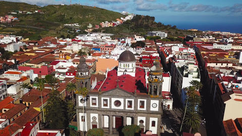 View from the height on Cathedral and townscape San Cristobal De La Laguna ビデオ