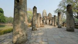 tempels of sukhothai