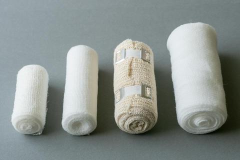 Different sizes of medical bandages Fotografía