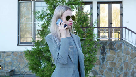 Business girl talking on the phone Footage