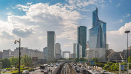 Paris city skyline timelapse at La Defrense business district and Paris Metro, ビデオ