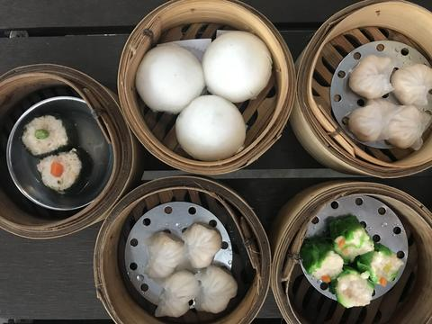 Chinese style dim sum from top view フォト
