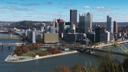 4K Pittsburgh Skyline Zoom in Autumn 3766 Footage
