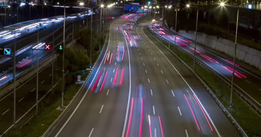 Night scene of traffic and roads.Time Lapse ビデオ
