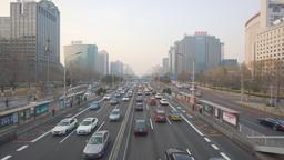 4k moving shot of highway traffic congestion in Beijing ビデオ