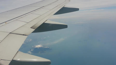 Clouds and sky from airoplane window 영상물