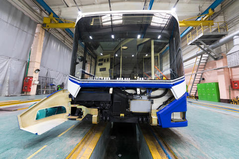 Trolleybus production line フォト