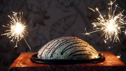 cake with fireworks 영상물