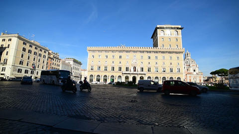 traffic in Piazza Venezia, Rome Footage