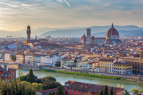 Sunset view of Florence skyline in Italy フォト