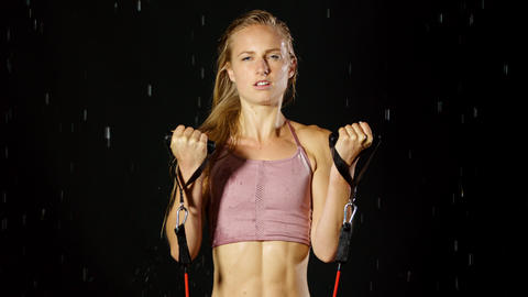 Athletic Blond Woman Working Out In The Rain 영상물