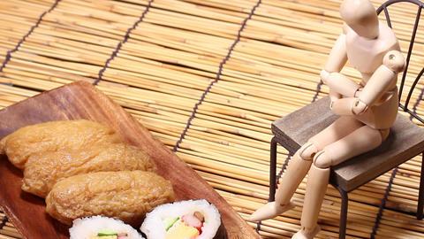 助六寿司と木の人形 ライブ動画
