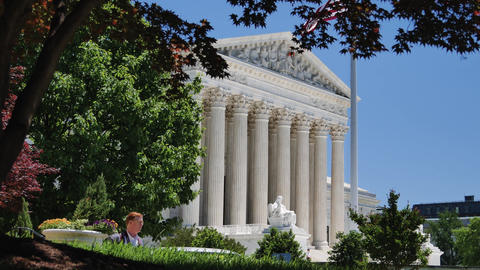 Washington DC: Untied States Supreme Court Building, Live Action