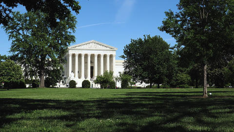 Washington DC: Untied States Supreme Court Building GIF