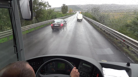 Journey undertaken with a bus on the way drenched 65 Footage