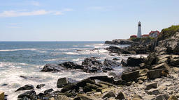 Panning Cape Elizabeth, Fort Williams park Head Lighthouse ビデオ