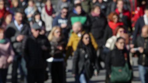 Blurry pedestrians (01) Footage