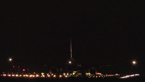 Dusk runway (Okinawa Naha Airport) Live Action